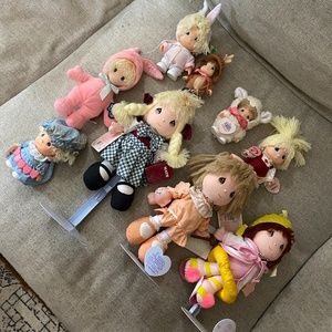 Assorted Precious Moments Dolls / Collectibles (9)